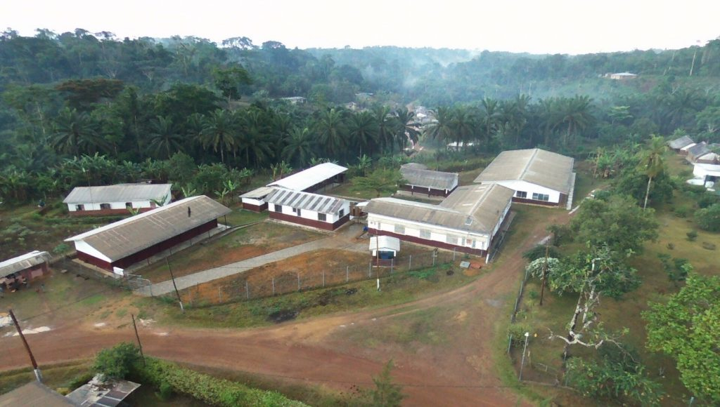 Kleinspital 4 Tage nach Beginn der Regenzeit